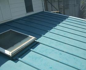 ⽡棒(トタン屋根)塗装⼯事